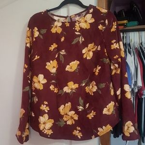 Tops - Size Large Blouse